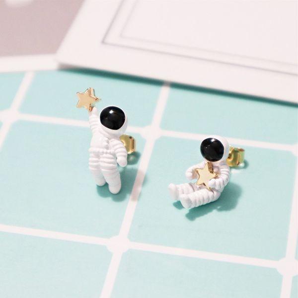 Astronaut Star Earrings